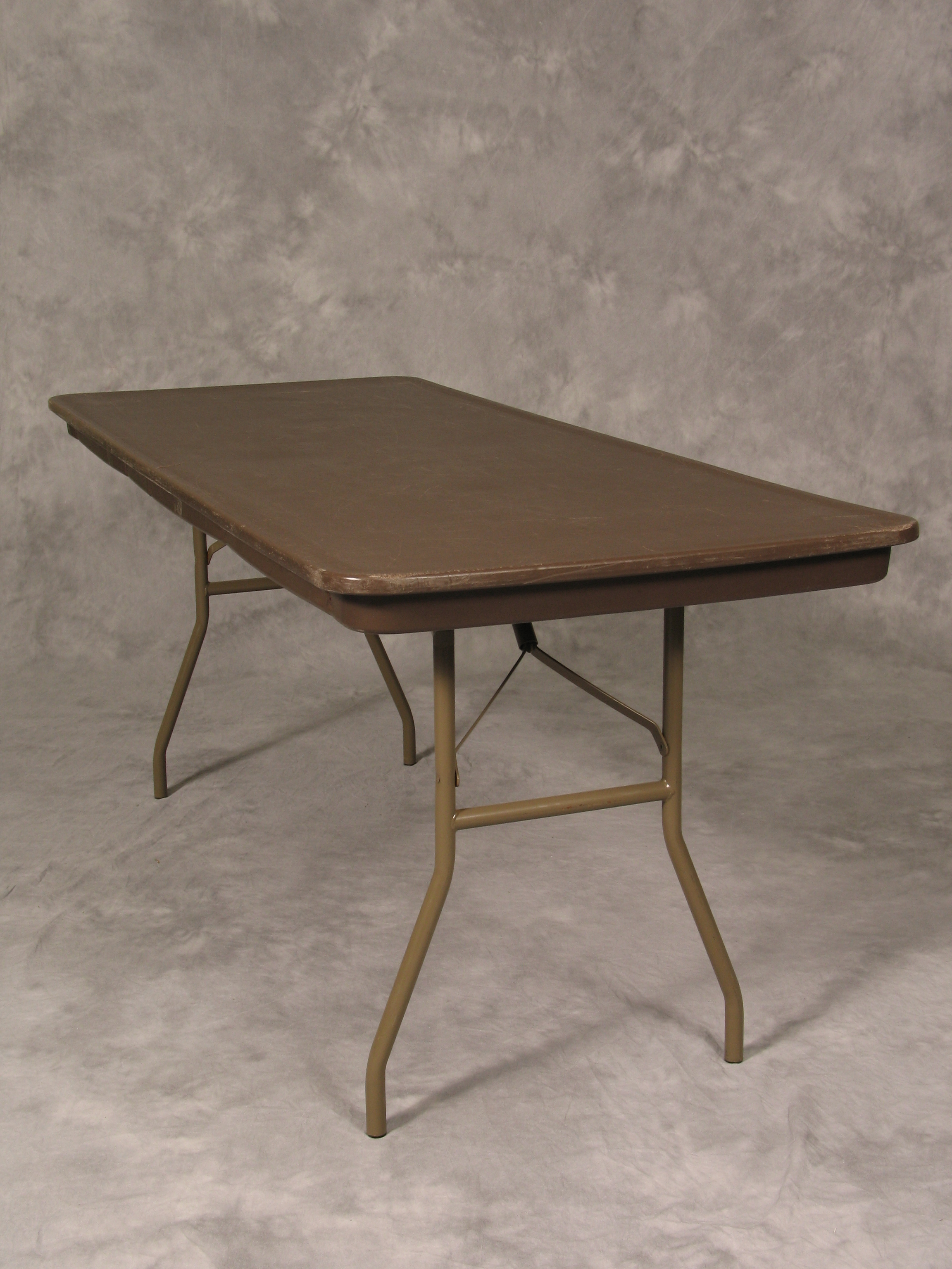 8′ Banquet Table $9
